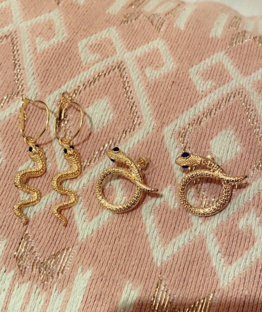 bijoux parallèle